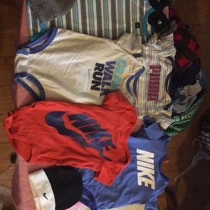 Nike onesie all 0/6 and 3-6 months
